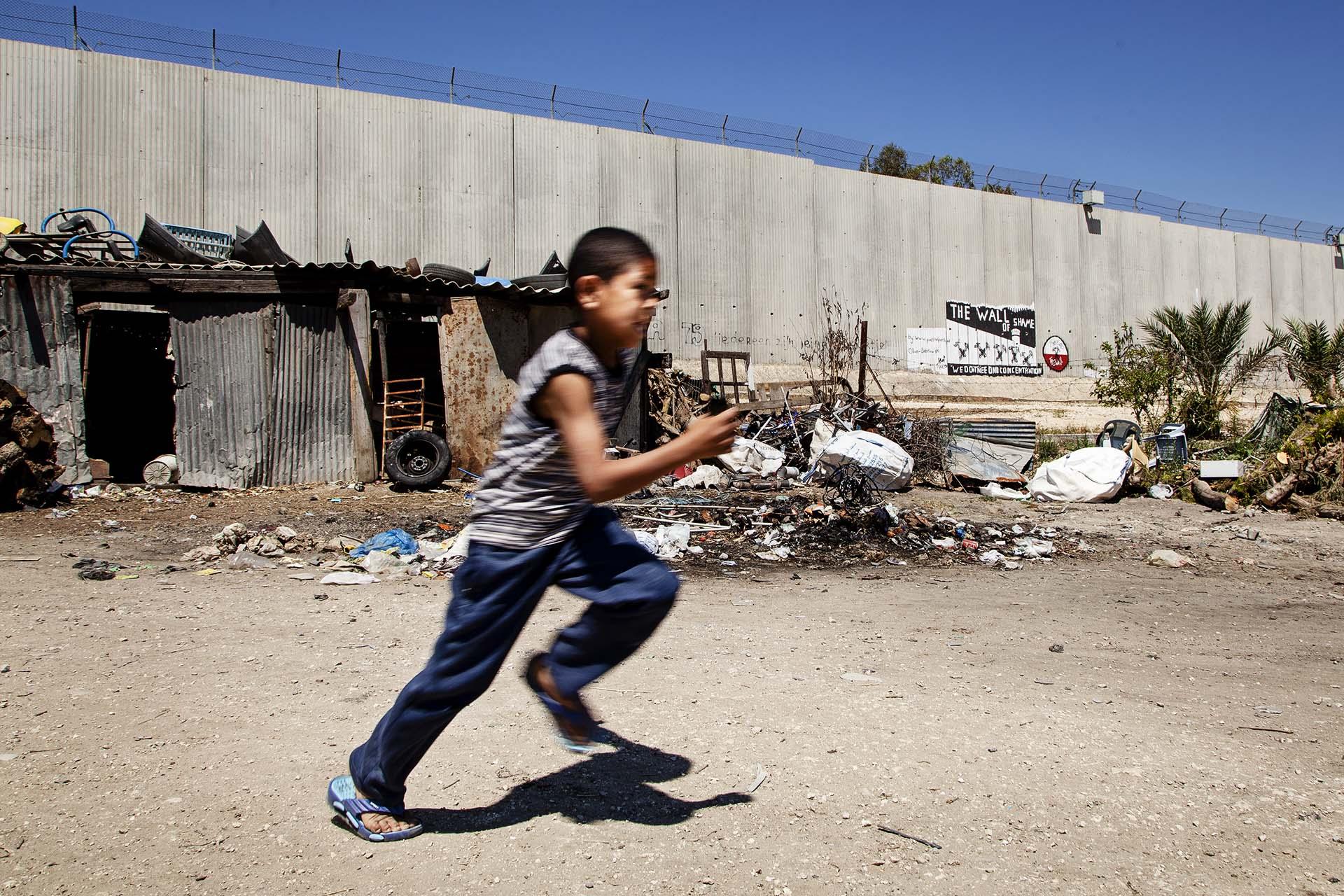 Qalqilya, un pueblo que vive rodeado por completo por el muro de seguridad israelí