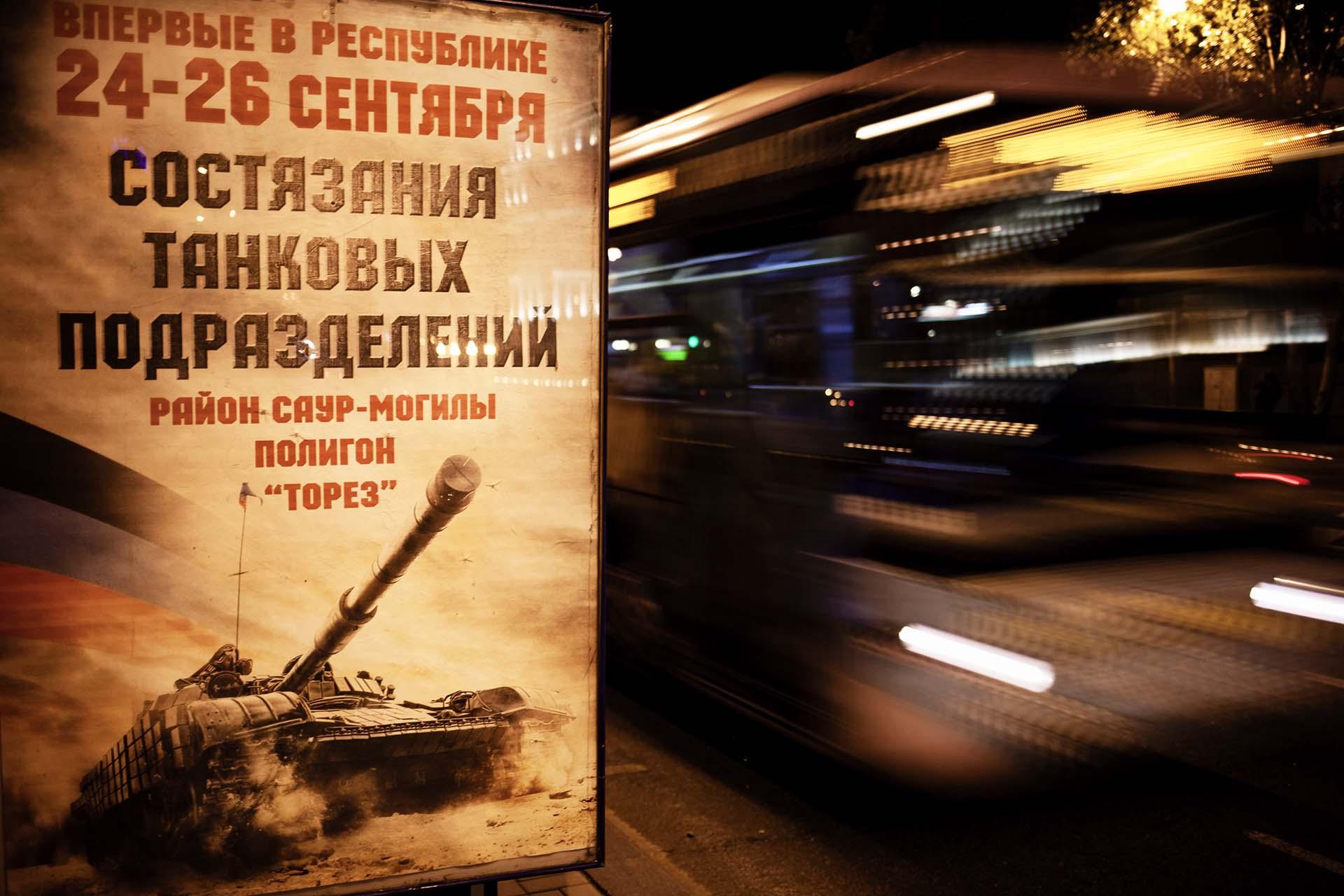 Los carteles propagandísticos están por todas partes en Donetsk.