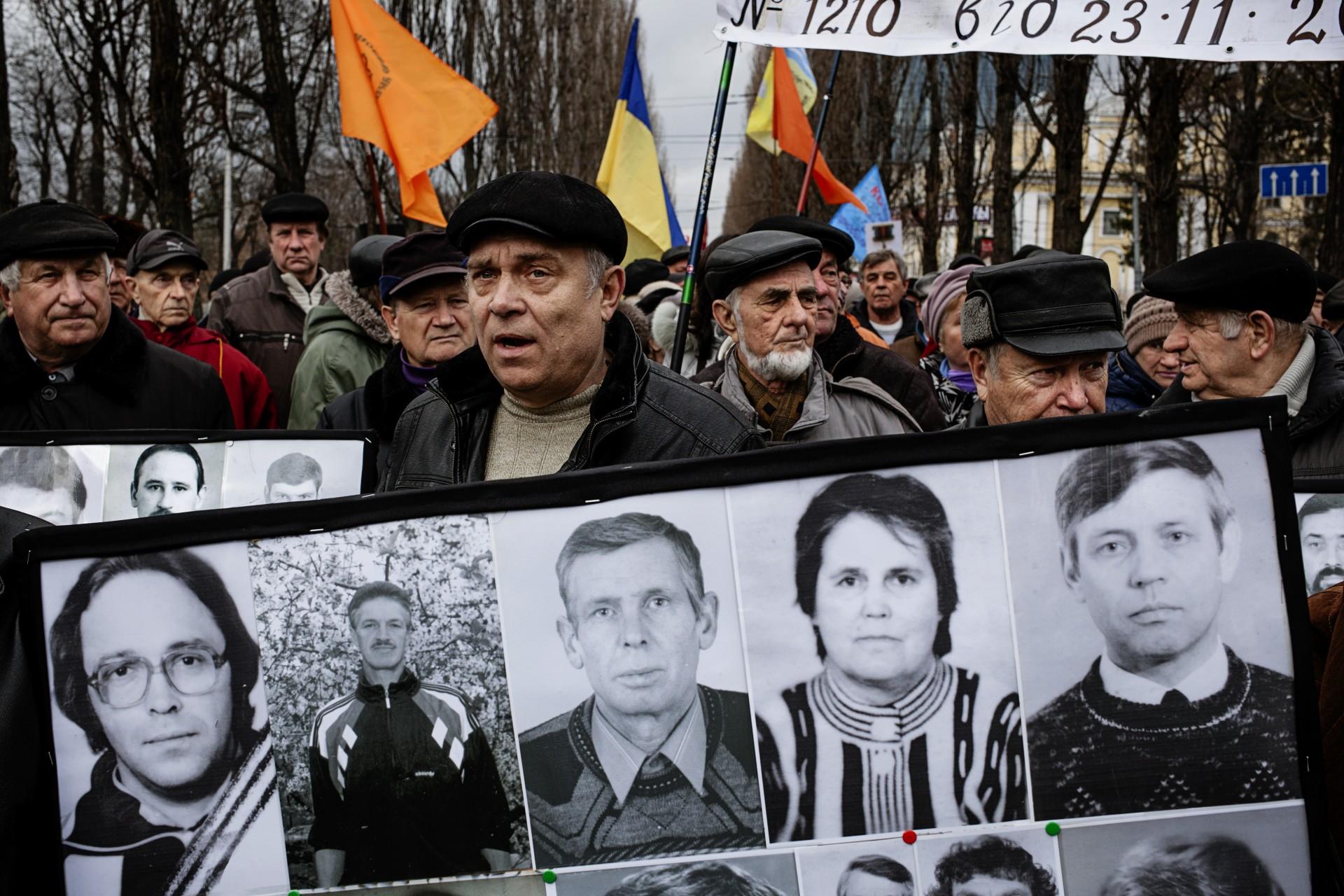 Manifestación en Kiev de los liquidadores de Chernóbil y familiares, por la reducción  de ayudas del gobierno.