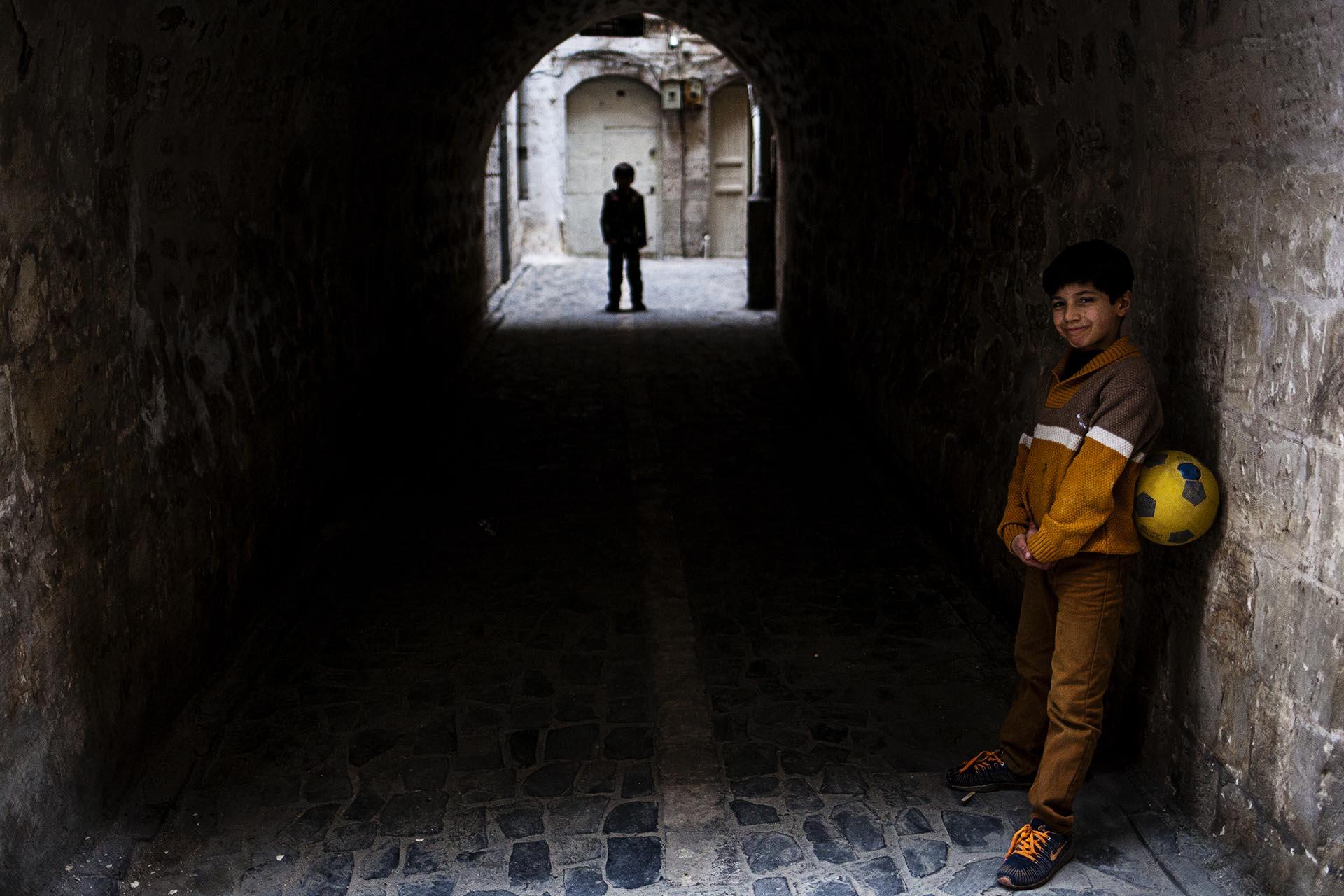 Los niños del Kurdistán crecen en un ambiente de violencia e inestabilidad poco favorable.