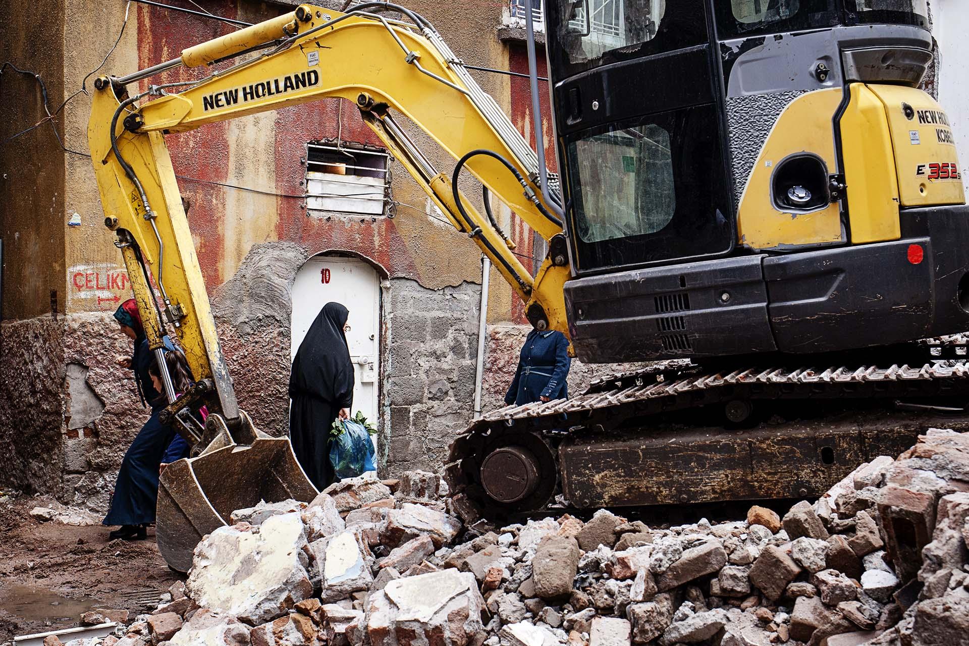 La reconstrucción de las zonas destruídas es un proceso muy lento.