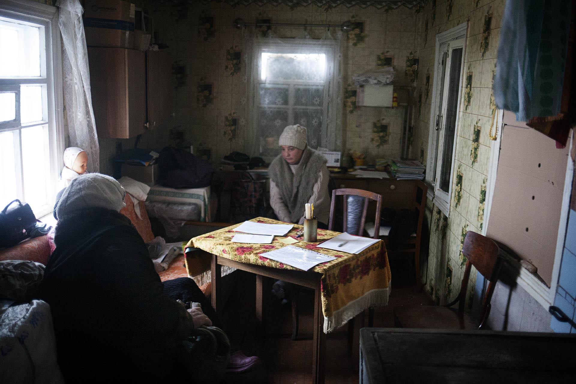 Interior de una casa en Zaitsevo. las temperaturas llegan a -25ºc y no hay calefacción.