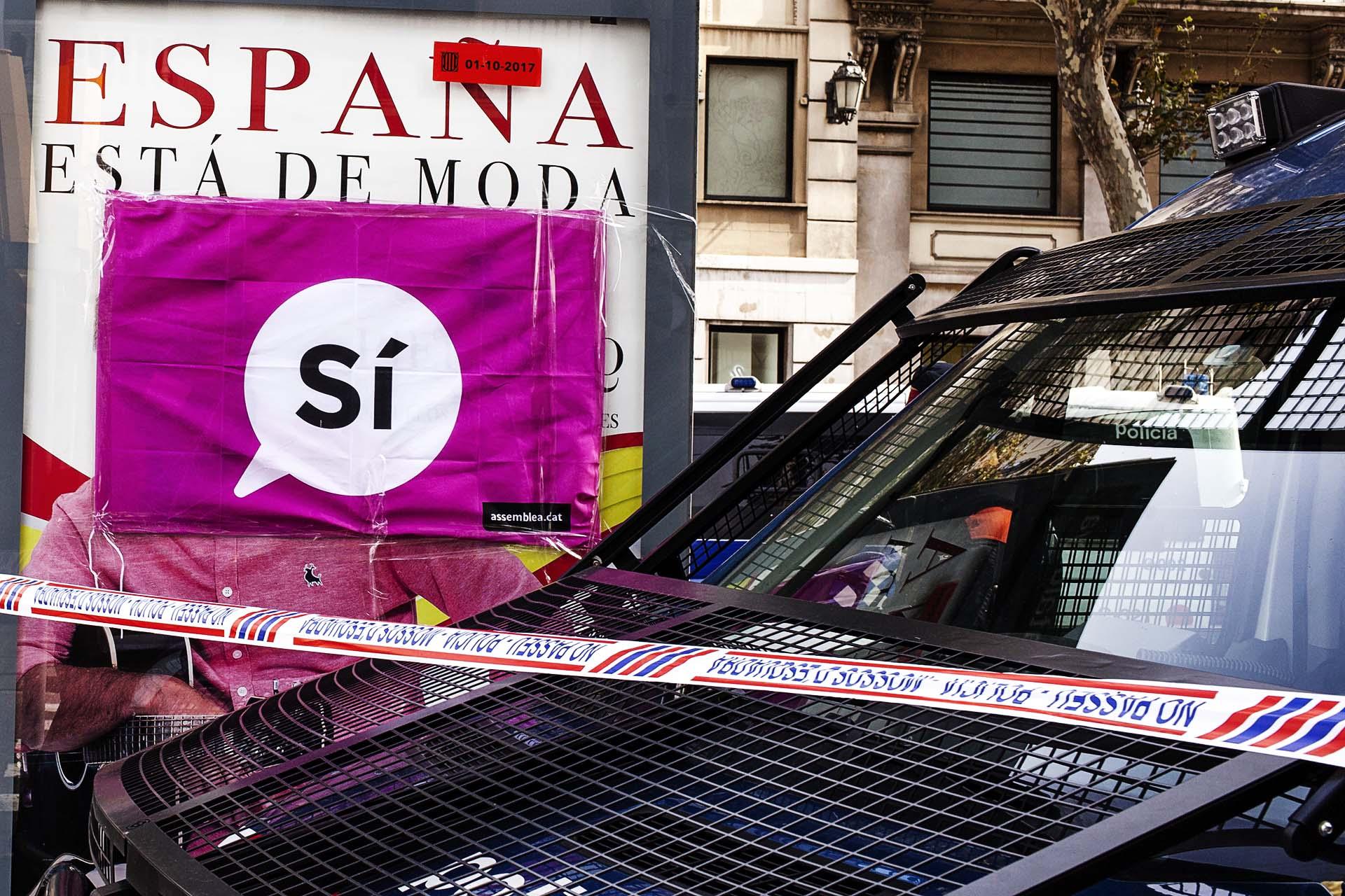 Catalan Police at Ramblas